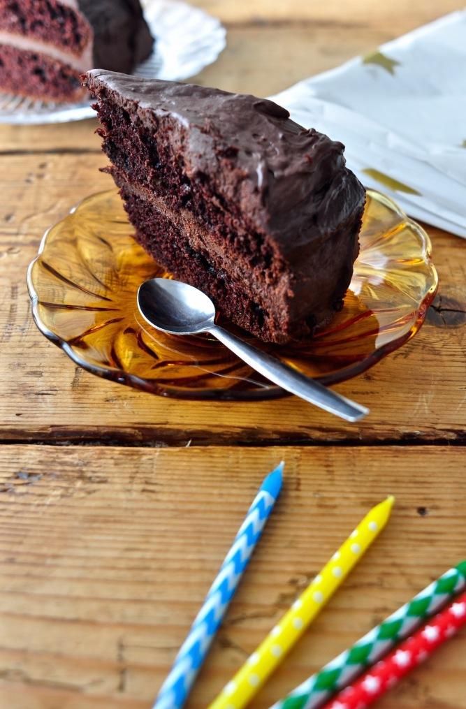 spicy_chocolate_cake_kitchenhabitscom2